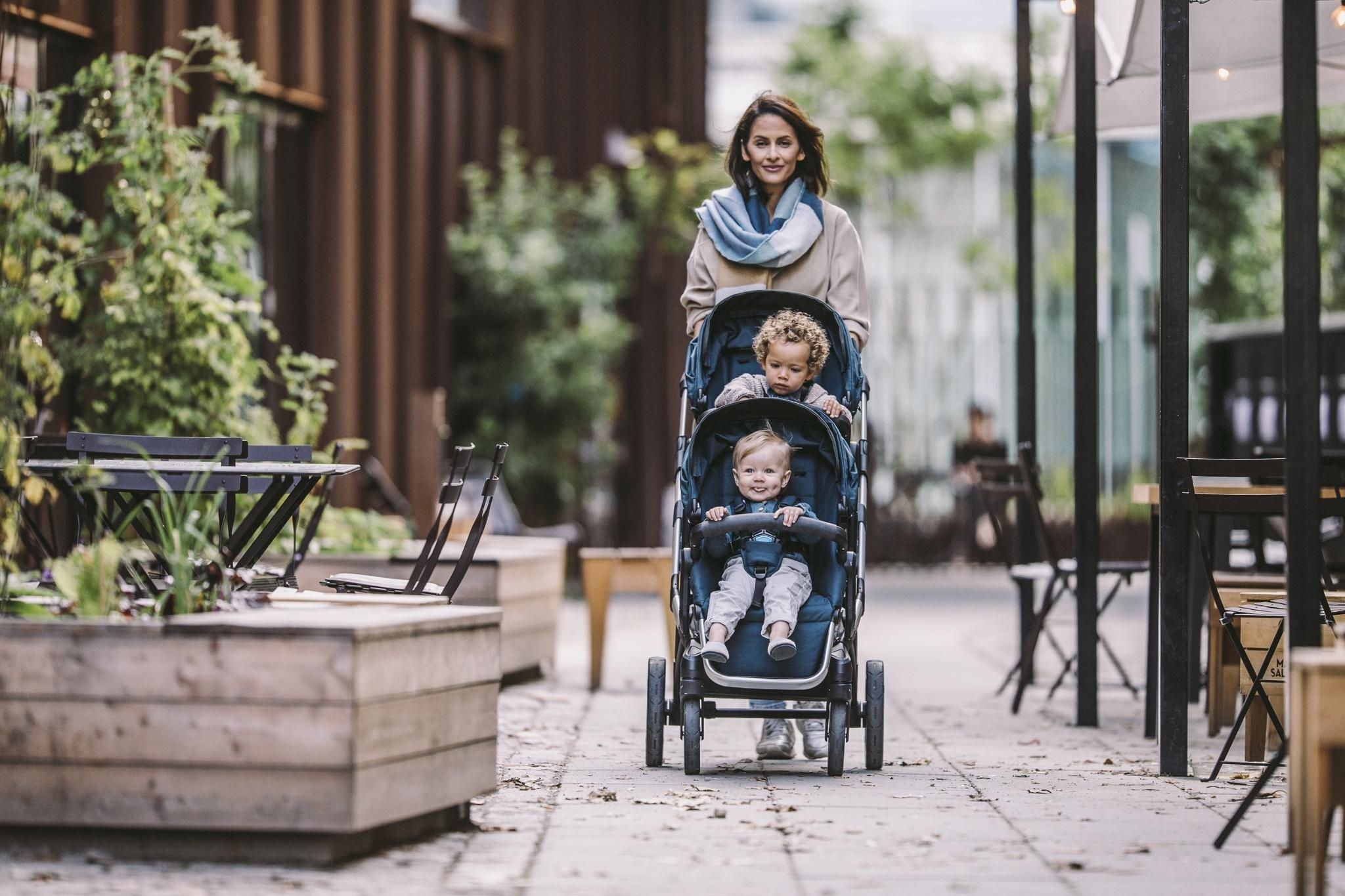 Thule Sleek - zestaw siedzisko spacerowe + gondola - Grey Melange