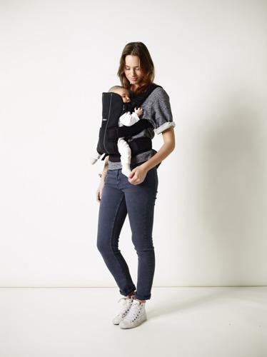BABYBJORN WE - nosidełko ergonomiczne, czarny