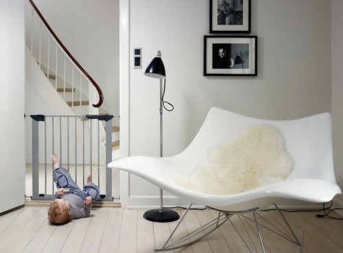 Bramka ochronna Baby Dan PREMIER + 2 rozszerzenia - srebrna